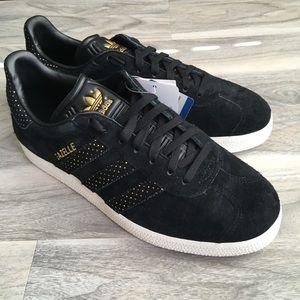 Adidas gold and black Gazelle 6.5 nwt